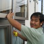 【川口市本町のK様邸のアパート改修工事】3階建て集合住宅の外壁塗装工事 防水工事 雨漏り修理が本日よりスタート致しました。