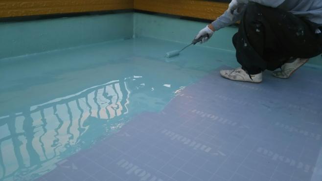 ウレタン防水(1装目)の塗布