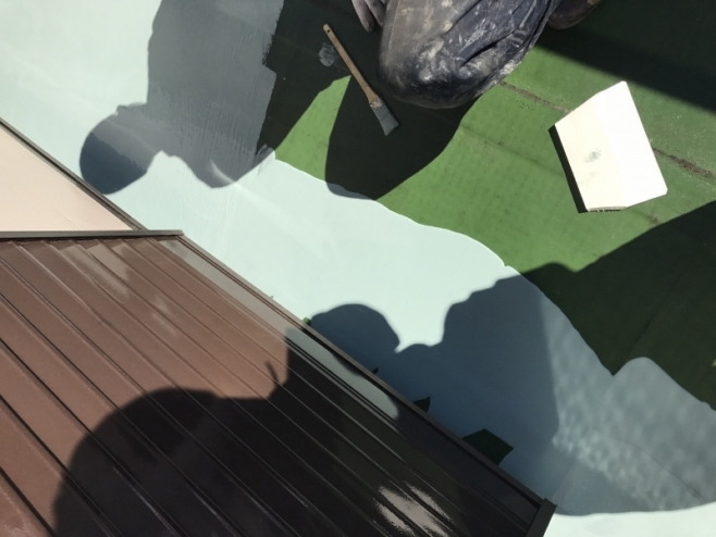 ウレタン防水層の1層目