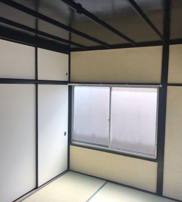 空き家の天井塗装