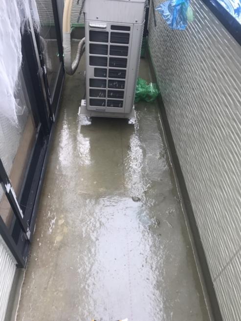 雨漏りによるベランダ雨漏り修理(FRP防水)|埼玉県さいたま市大宮区のI様邸