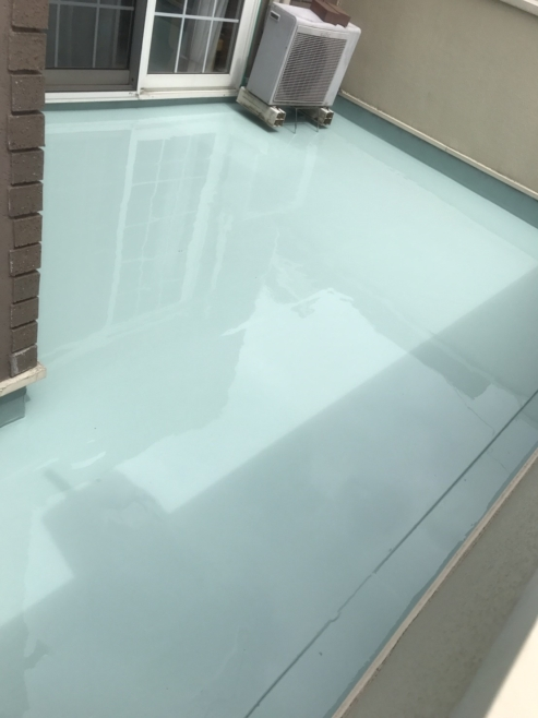 漏水によるルーフバルコニーの雨漏り修理(ウレタン防水)|千葉県船橋市にお住いのN様邸のリフォーム