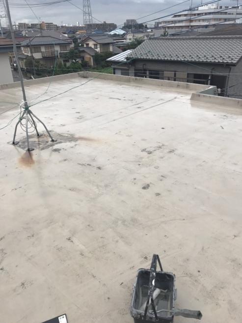 旧防水層の劣化による屋上のウレタン防水工事(密着工法) 千葉県船橋市にお住いのI様邸のリフォーム