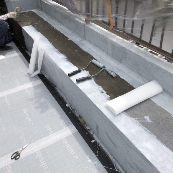 既存防水層の劣化に伴う屋上防水工事(ウレタン塗膜・通気緩衝工法)|千葉県四街道市の某空き家にて雨漏り修理