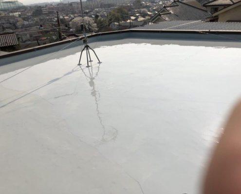 既存ゴムシート防水層の劣化に伴う屋上防水工事