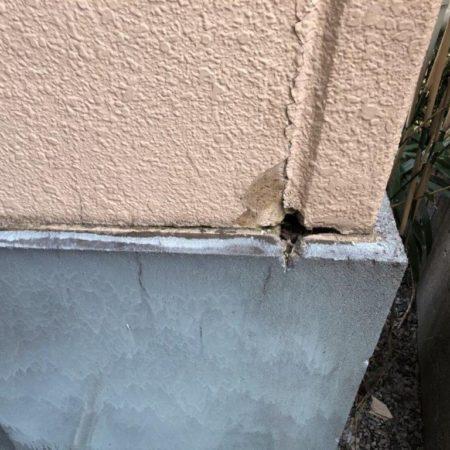 外壁の既存シーリング劣化に伴う防水工事(コーキング打ち替え)|埼玉県さいたま市見沼区のKマンションにて外壁補修