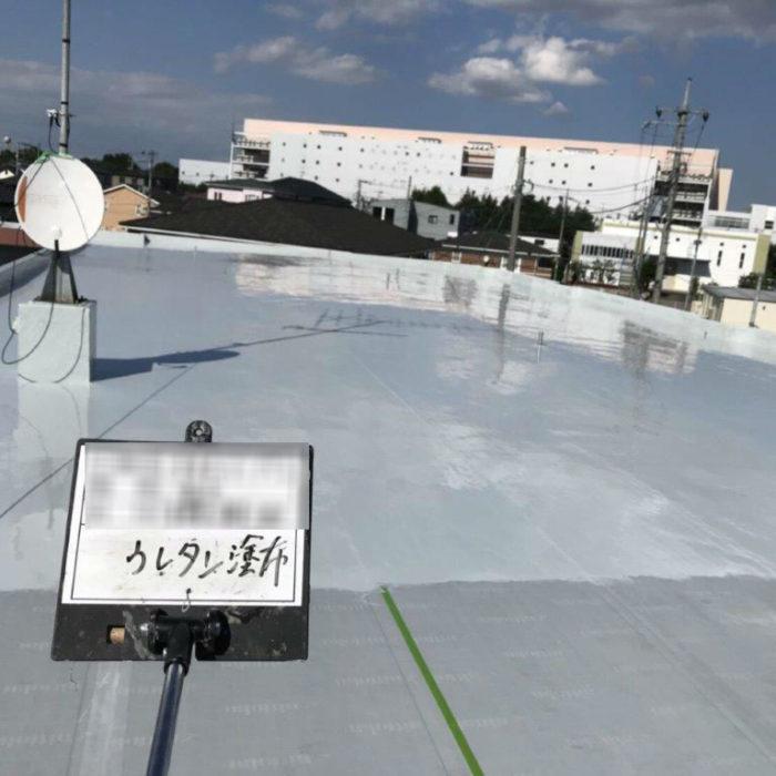 モルタル層の劣化に伴う屋上の防水工事(ウレタン塗膜・通気緩衝工法)|埼玉県上尾市の某アパートマンションにて雨漏り修理