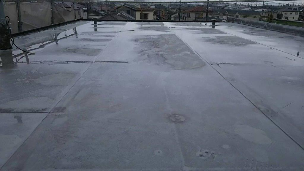 屋上の防水工事(ウレタン塗膜・密着工法)|埼玉県川越市のK様邸にて雨漏り修理