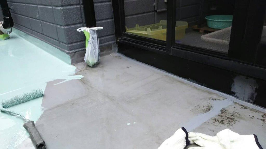 ルーフバルコニーの防水工事(ウレタン塗膜・密着工法)|埼玉県川越市のK様邸にて雨漏り修理