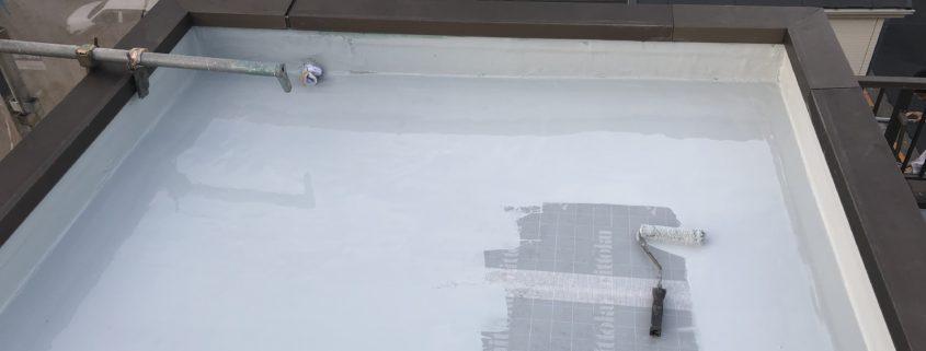 ウレタン防水層1層目の塗布