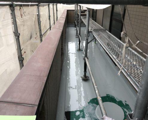 ウレタン防水1層目の塗布完了