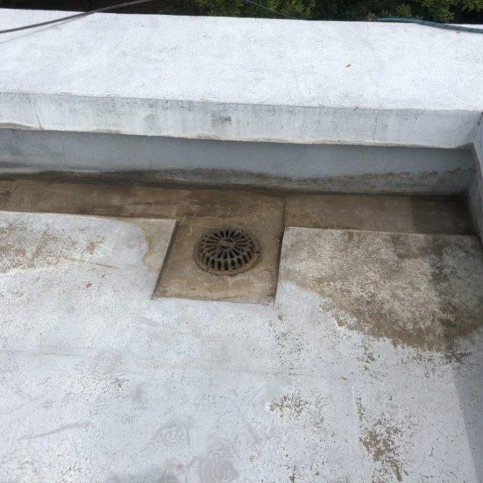 屋上のウレタン防水工事(部分補修)|埼玉県さいたま市桜区のTマンションにて雨漏り修理