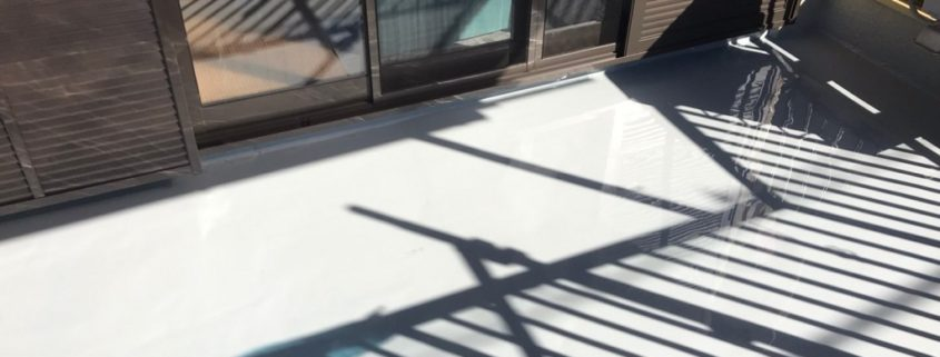 床平面部のウレタン樹脂の塗装