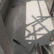 ベランダへウレタン樹脂2層目の塗装