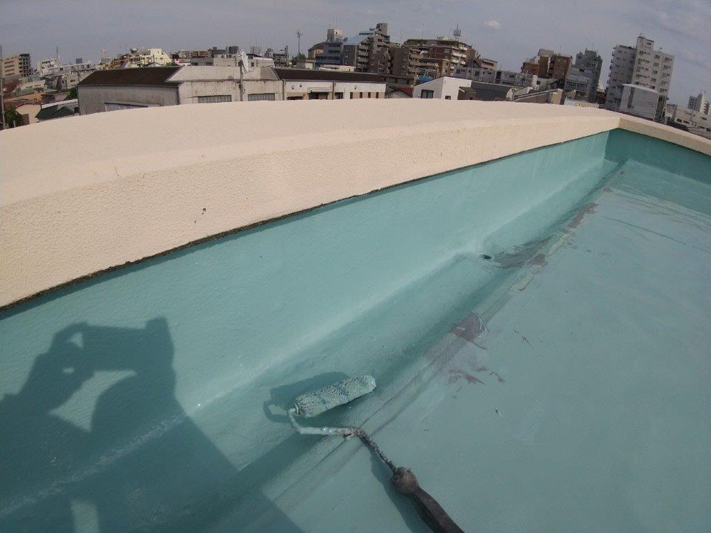 立ち上がりのウレタン2層目塗布