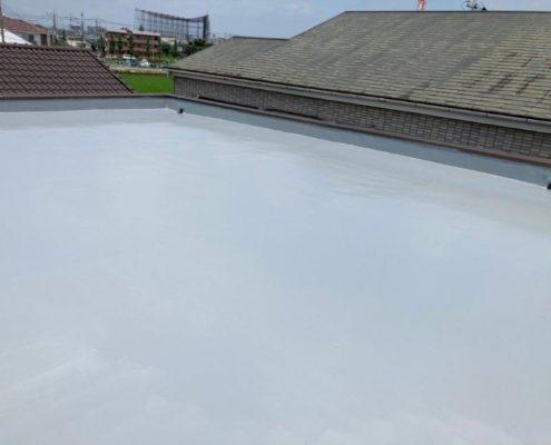 屋上平面部トップコート塗布